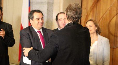 Quintana celebra: Senado aprobó en general proyecto que declara imprescriptibles los delitos sexuales contra menores