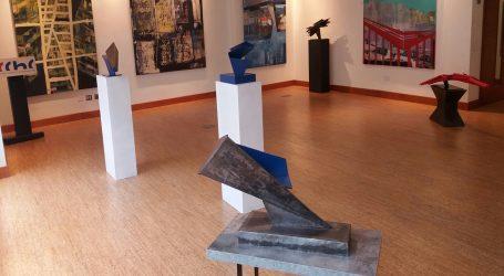 Presentan exposición mixta de pintura y escultura en la CCHC