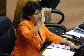 """Senadores Provoste y Huenchumilla buscan regular el lobby a """"autoridades electas"""""""