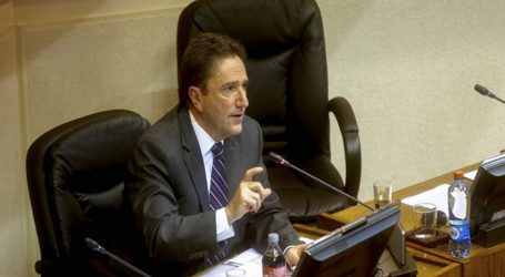 Ex ministro José Antonio Gómez declaró por cinco horas en Caso Ascar