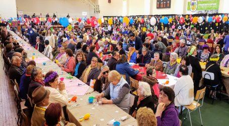 Bienvenida Primavera: celebran adultos mayores en Victoria