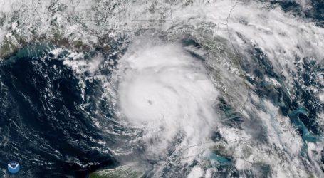 """Imágenes desde el espacio del """"extremadamente peligroso"""" huracán Michael que llegará a EEUU (VIDEO)"""