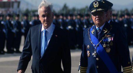 Ex comandante en jefe de la FACh cuestionó duramente al Presidente Piñera