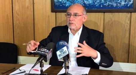 Presidente de la Cámara desestimó críticas por ausencia en Te Deum