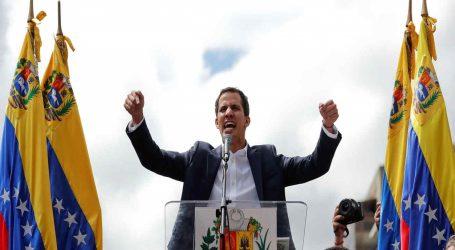 "Guaidó :Bloqueo de ayuda humanitaria es un crimen de ""Lesa Humanidad"""