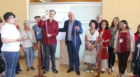 Lautaro Homenajea al poeta Jorge Teillier con obra escultórica