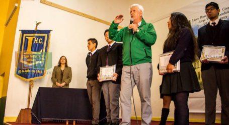 Escolares de Lautaro recibieron útiles escolares