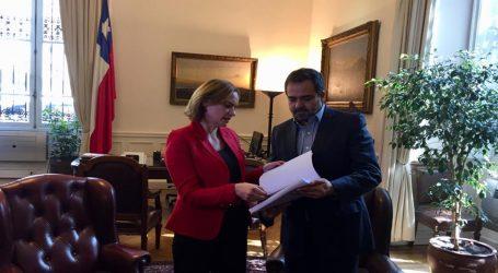 Ley del Cáncer vincula a la ciudadanía: Quintana valoró indicaciones a la tramitación