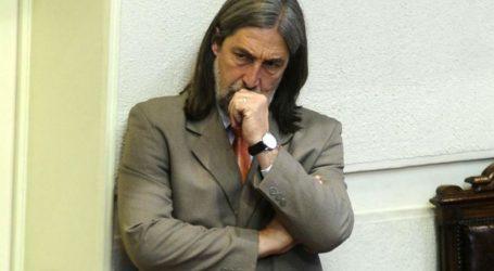 """La Respuesta del Senador Letelier al Gobierno: """"¿Acaso no tiene Sebastián Piñera fotos con condenados Penta?"""""""