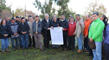 Inician obras de pavimentación del camino que unirá Victoria con Perquenco