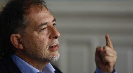 """Girardi asegura que Piñera y la izquierda """"no tienen un proyecto país"""""""