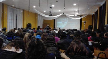 Colegio de profesores: Docentes de Lautaro se capacitan en servicios locales de educación