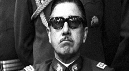 Biografía de Augusto Pinochet se transforma en bestseller local