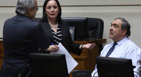 Senadores RN buscan que proyecto que limita reelección de autoridades sea retroactivo