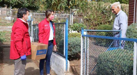 Gobierno entrega 500 cajas de alimentos e insumos de higiene a adultos mayores de 8 comunas de La Araucanía