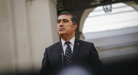 """Ministro Desbordes: """"Se vienen momentos muy complejos para Chile"""""""