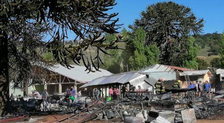 Incendio destruye Escuela de Cruzaco en Lonquimay