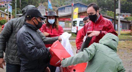 Pescadores de Queule y Toltén reciben equipos de buceo, ropa térmica y material de pesca gracias a fondo regional de Gobierno