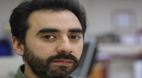 """Carlos Valverde:""""Teillier es sin duda una voz contingente"""""""