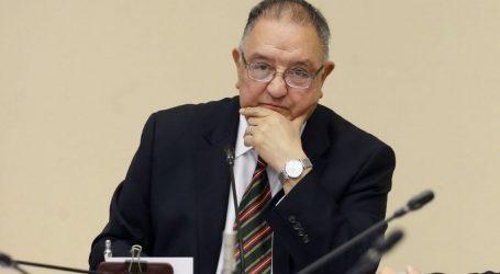 """Senador Huenchumilla por anuncio de ley corta de pensiones: """"El gobierno continúa soslayando el problema de fondo, un modelo de AFP agotado y que no da para más"""""""